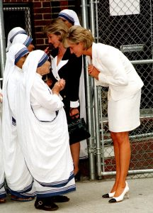 Princess Diana meets Mother Teresa at Mother Teresa's home in the South Bronx.