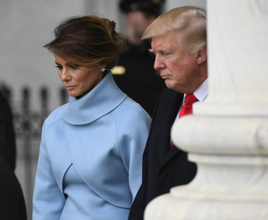 Melania Trump similar in shyness to Princess Diana, says body language expert Photo (C) GETTY IMAGES