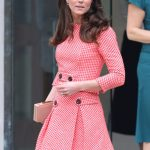 Kate Middleton re wore a gingham suit to talk about motherhood and mental health Wenn