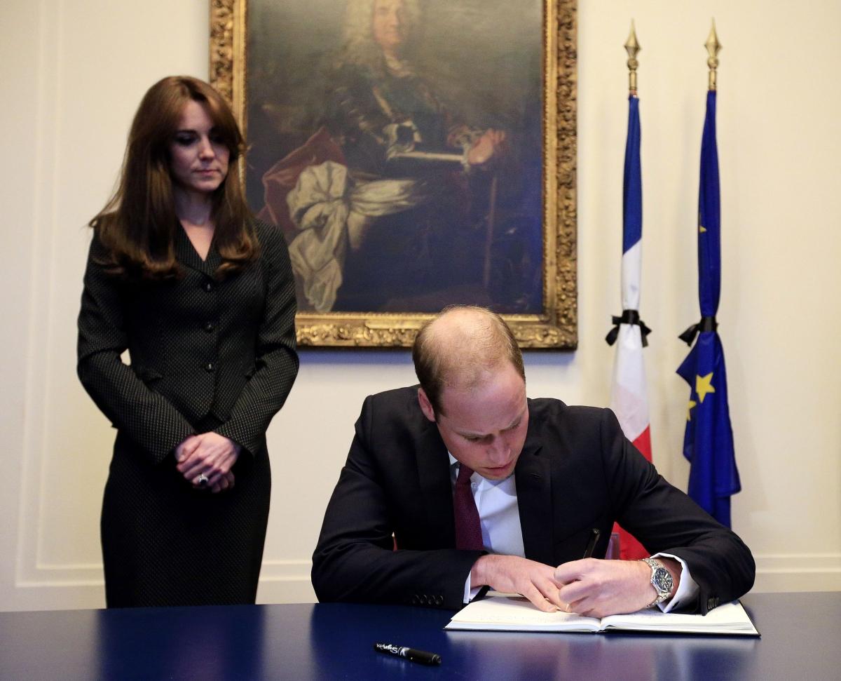 Prince William and Kate Middleton sign book of condolence at French embassy Photo (C) GETTY IMAGES