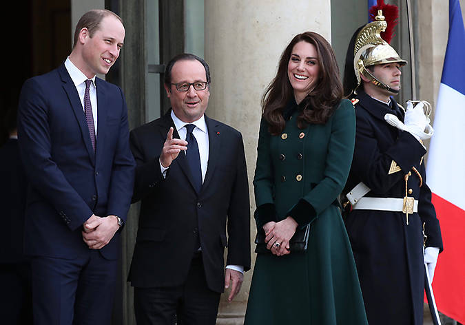 Prince William and Kate had a meeting with French president Francois Hollande. Photo (C) GETTY IMAGES