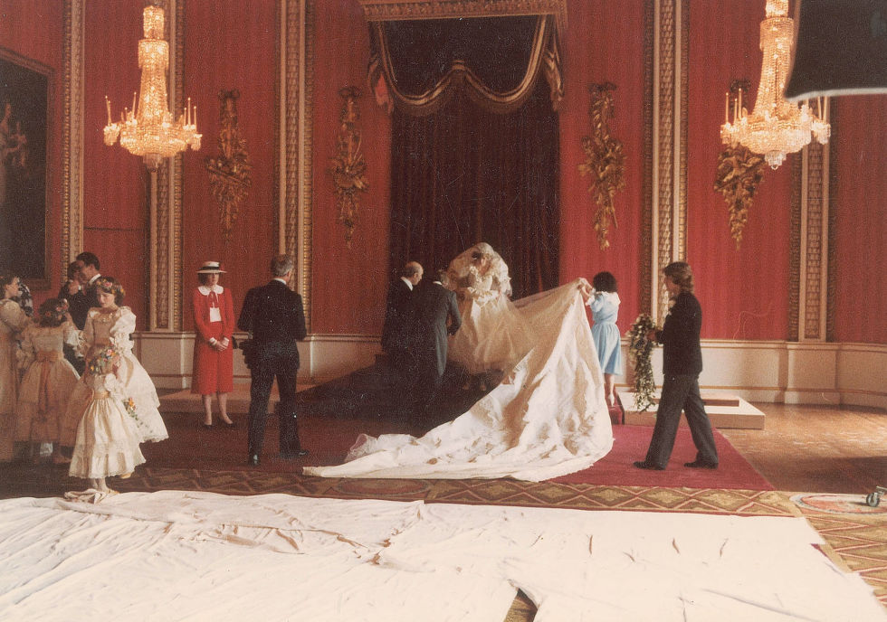 Princess Diana Wedding Day Photo C GETTY IMAGES 0124