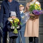 Princess Estelle smiled as she held a bouquet of flowers Photo C GETTY IMAGES