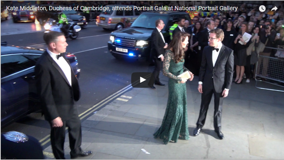 Stunning Entrance Kate Middleton Duchess of Cambridge attends Portrait Gala at National Portrait Gallery