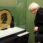The coin weighs 100kg Photo C REUTERS