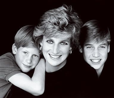 02 Princess Diana and Princes William and Harry Photo C GETTY IMAGES
