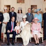Queen Elizabeth II, Prince Philip, Prince Charles, Prince William, Prince George, Princess Charlotte Photo (C) GETTY IMAGES
