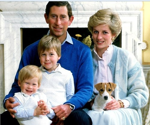 Princess Diana , Prince William, and Prince Harry Photo (C) GETTY IMAGES