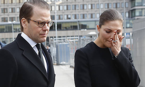 Princess Victoria of Sweden cries as she visits attack site in Stockholm Photo C GETTY IMAGES
