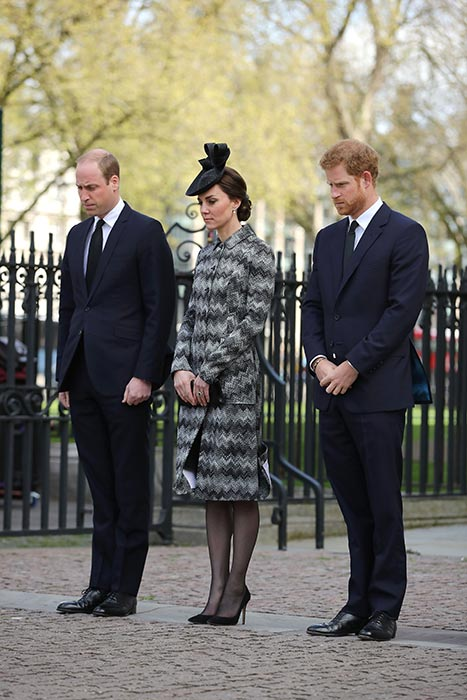 The Duchess of Cambridge stepped out in a Missoni coat and black tights Photo C GETTY IMAGES