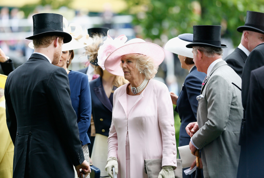 Camilla Parker Bowles and Prince Charles Photo (C) GETTY IMAGES