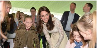 18 Catherine Duchess of Cambridge Prince William and Prince Harry Children Party at Buckingham Palace