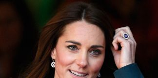 Catherine Duchess of Cambridge wearing Engagement Ring Photo C GETTY IMAGES