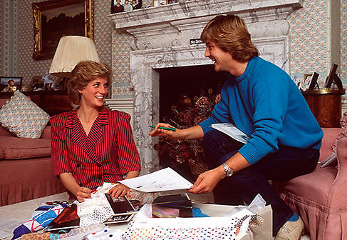 I just miss seeing Diana light up a room. I miss her fun said Princess Diana Dress Designer David Photo (C) GETTY IMAGES