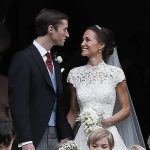 Newlyweds Pippa Middleton and James Matthews celebrate with a kiss Photo C GETTY IMAGES 1