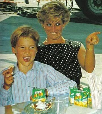 Princess Diana & Prince William Photo (C) GETTY IMAGES