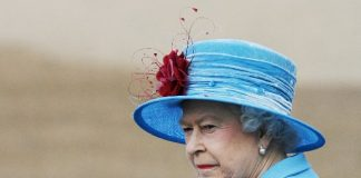 Queen Elizabeth Upset Photo (C) GETTY IMAGES