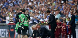 The Duke of Cambridge laid a wreath @wembleystadium before today's #FACupFinal for those who have died in Manchester Photo (C) TWITTER