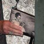 The Queen carried a purse with an image believed to be of Princess Margaret and her children CREDIT REX FEATURES