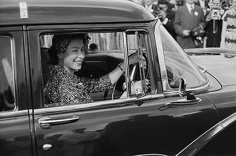 The Queen is a fan of Bentleys Jaguars Land Rovers and Range Rovers Photo C GETTY IMAGES