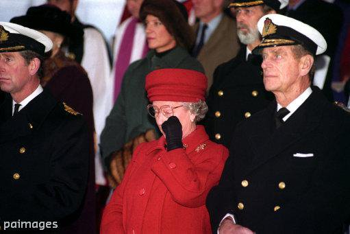 Prince Philip, Queen Elizabeth II and Prince Charles Photo (C) GETTY IMAGES