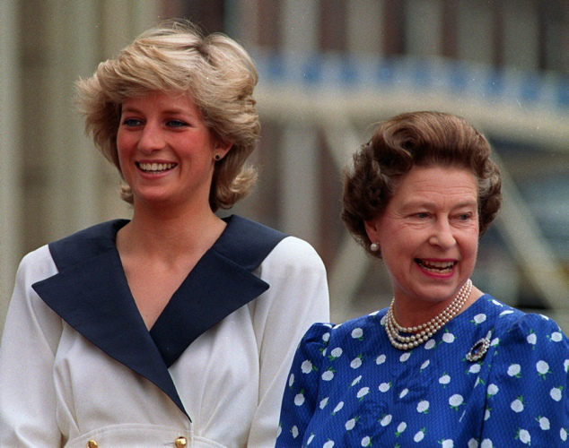 Queen Elizabeth and Princess Diana Photo Queen Elizabeth and Princess Diana Photo (C) GETTY IMAGES(C) GETTY IMAGES