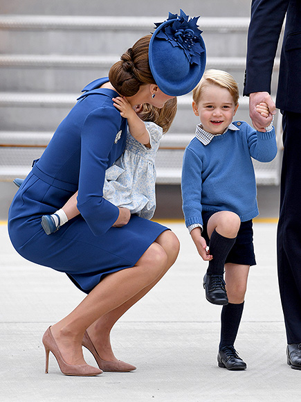 VICTORIA, BC - SEPTEMBER 24:  Catherine, Duchess of Cambridge, Princess Charlotte and Prince George arrive at Victoria Airport ahead of their Royal Tour of Canada and Yukon on September 24, 2016 in Victoria, Canada.  (Photo by Karwai Tang/WireImage)