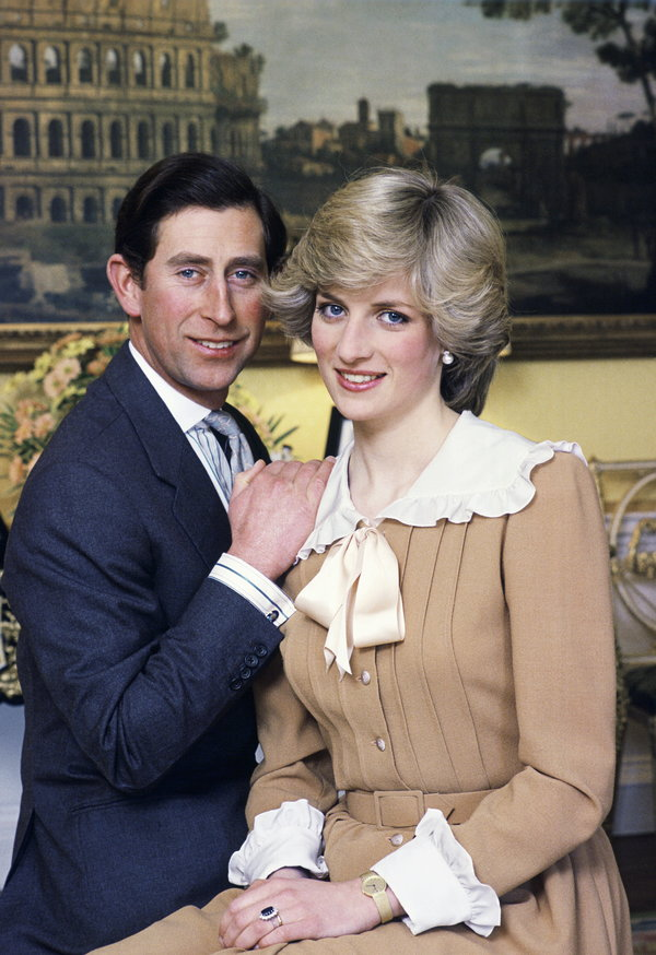 LONDON, UNITED KINGDOM - JANUARY 31: Prince Charles And Princess Diana Photographed At Home In Kensington Palace. (Photo by Tim Graham/Getty Images)