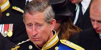 Prince Charles is crying photo C GETTY IMAGES