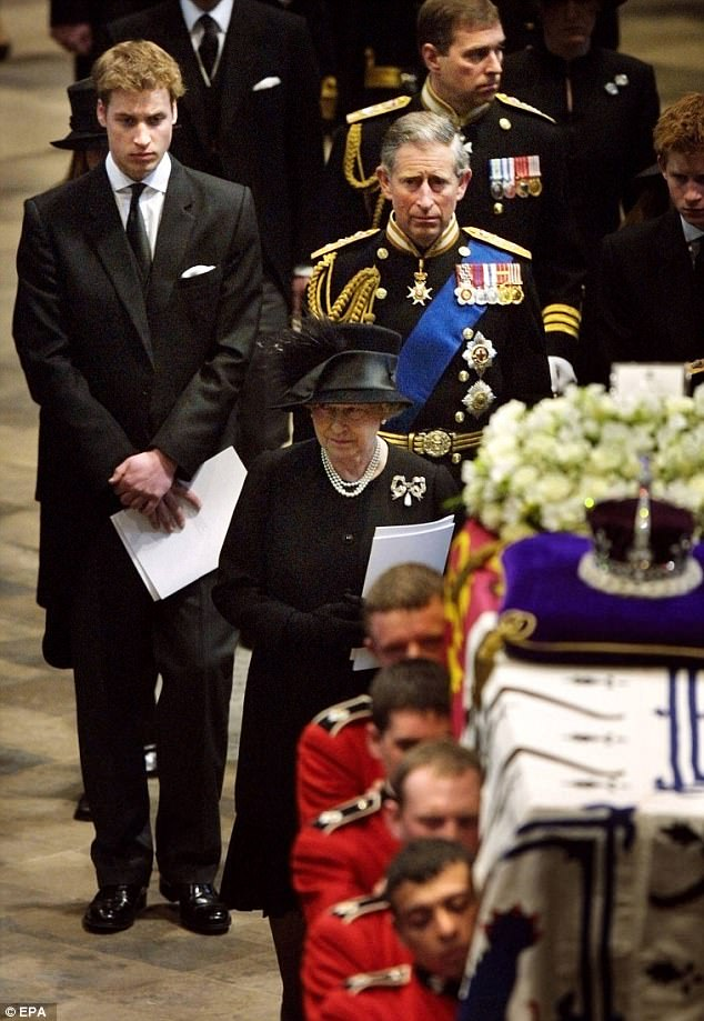Princess Diana Funeral Photo (C) GETTY IMAGES -0037 ...
