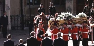 Princess Diana Funeral Photo C GETTY IMAGES 0246