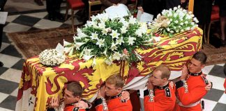 Princess Diana Funeral Photo C GETTY IMAGES 0271