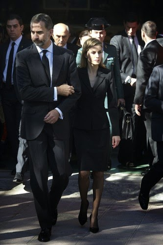 Nov. 10, 2014 - Bullas, Spain - King Felipe VI of Spain and Queen Letizia of Spain attended a Funeral and give their condolence to relatives of the 14 victims death at a bus accident this weekend at Juan Valera pavilion on November 10, 2014 in Bullas, at Murcia province, Spain. More than 2 thousand people attend the funerals for the 14 victims who were killed after their bus fell 15 meters from the Calasparra road. The travellers were returning from Madrid to the Murcian town of Bullas after attending a religious ceremony at the Convent of the Barefoot Carmelites. (Credit Image: © Jack Abuin/ZUMA Wire)