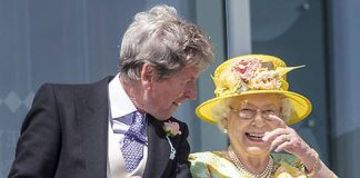 The Queen chatted to friends at the Epsom Derby Photo (C) GETTY IMAGES