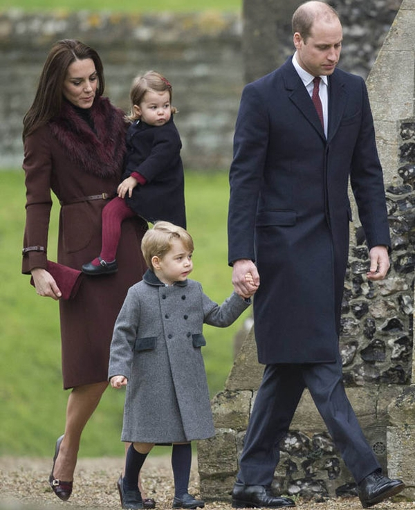 Prince George of Cambridge attends Church on Christmas Day on December 25 2016 in Bucklebury Berkshire Photo (C) GETTY IMAGES
