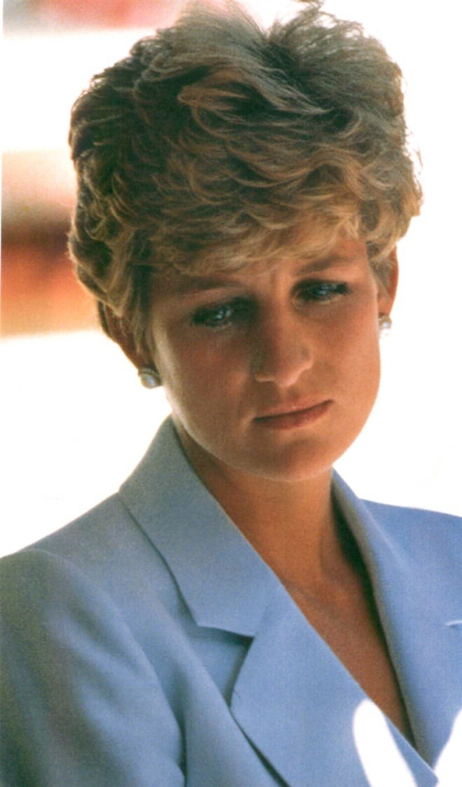 Diana looks so sad here, I do believe she is crying Photo (C) GETTY IMAGES