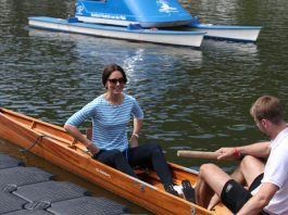 Duchess of Cambridge, Kate decided to dress casual for the boat race Photo (C) PA