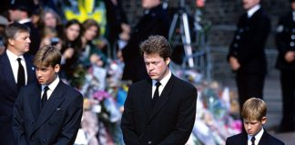 Earl Spencer pictured with nephews Prince William and Prince Harry at Dianas funeral Photo © Rex