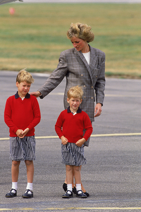 Bizarre outfits from Princess Diana Prince Harry fondly recalls mums fashion choices Photo C ITV