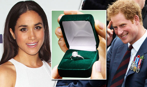 Meghan Markle and Prince Harry engagement ring Photo (C) GETTY IMAGES