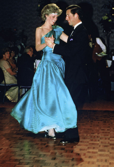 Prince Charles and Princess Diana Dancing Photo (C) GETTY IMAGES