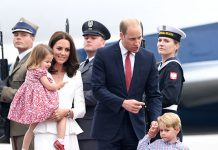 Prince George and Princess Charlotte stole the show as they arrived in Poland Photo (C) GETTY IMAGES