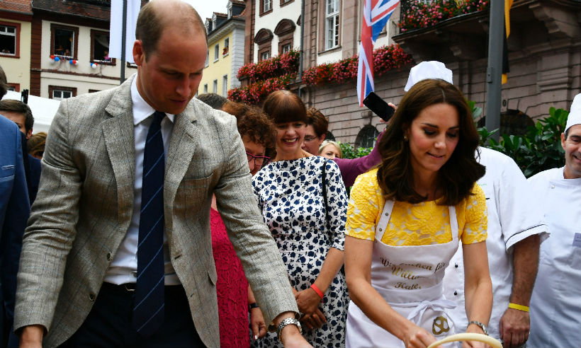 Prince William and Kate have fun making pretzels – find out who made them best Photo C GETTY IMAGES