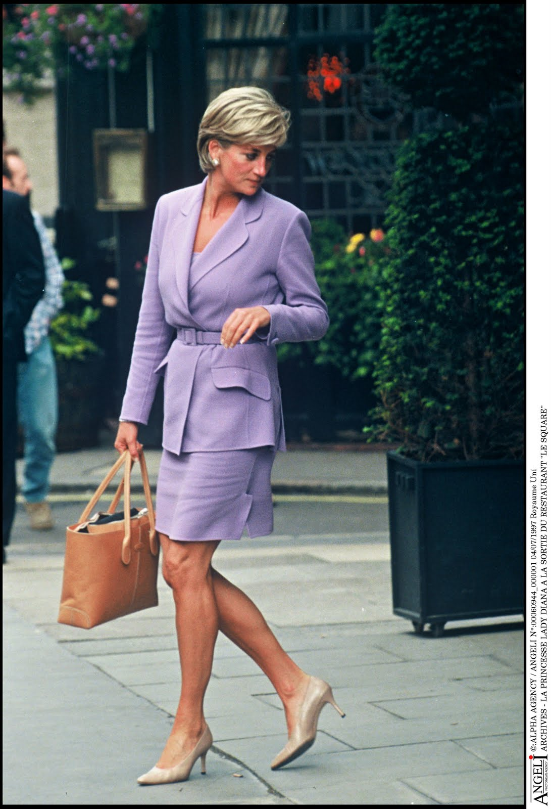 princess diana fashion and style icon photo c getty images 0165 dianalegacy latest update news images videos of british royal family dianalegacy