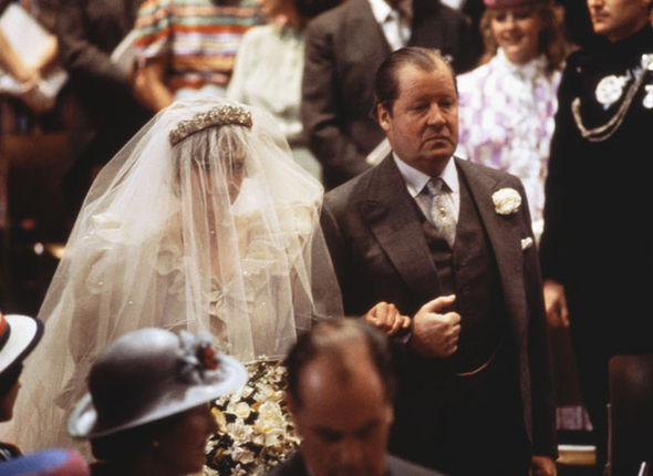 Princess Diana showed 'signs of anxiety' as she walked up the aisle Photo (C) GETTY IMAGES