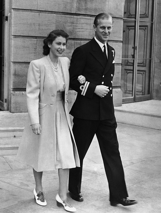 Princess Elizabeth and Philip Mountbatten pictured on the day they announced their engagement Photo (C) GETTY IMAGES
