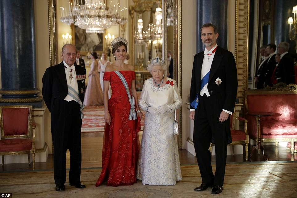 Queen Elizabeth, her husband Prince Philip, Spain's King Felipe and his wife Queen Letizia, pose for a group photograph before a State Banquet at Buckingham Palace