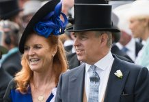 Sarah Ferguson and Prince Andrew dine out together following Beckham scandal Photo (C) GETTY IMAGES