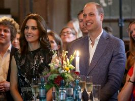 The Duchess wore a bird-print dress from Markus Lupfer Photo (C) GETTY IMAGES