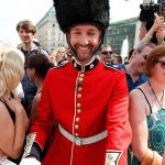 after making the brave decision to dress up as one of the Queens guards complete with a mock bearskin hat